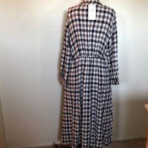 Zara Dresses - NWT Zara Black & White checked Plaid Dress Large